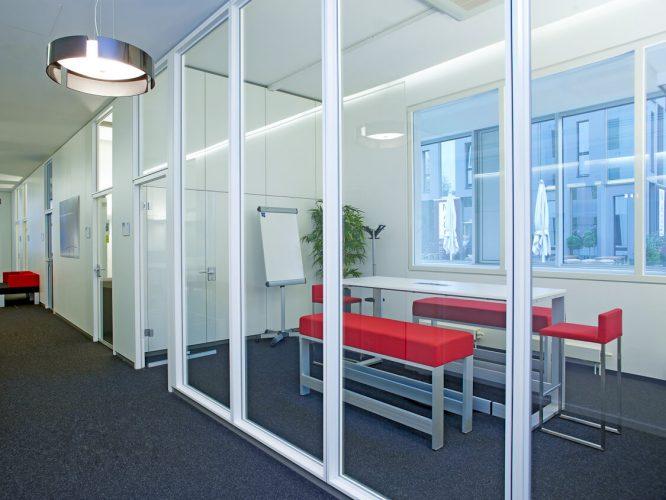 office_m Astra Büromöbel München