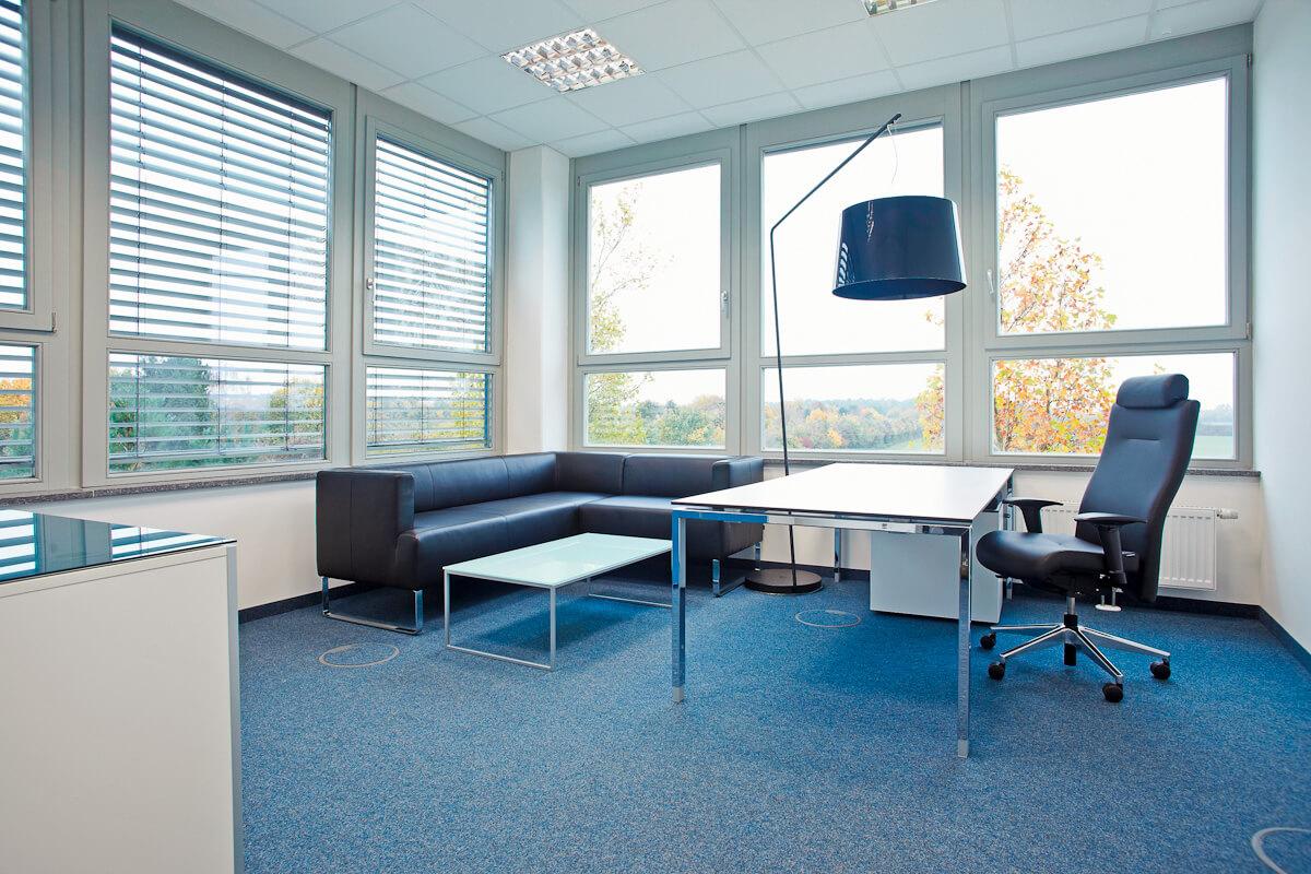 office_m Helmholtz Büromöbel München