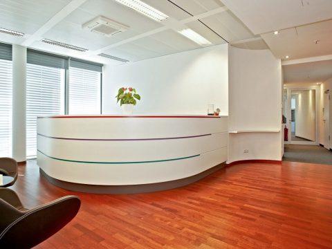 office_m Helvetia Büromöbel München