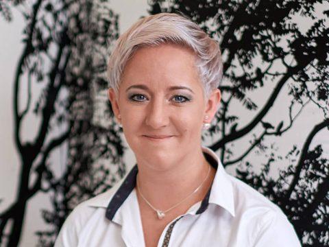 office_m Nicole Bicher