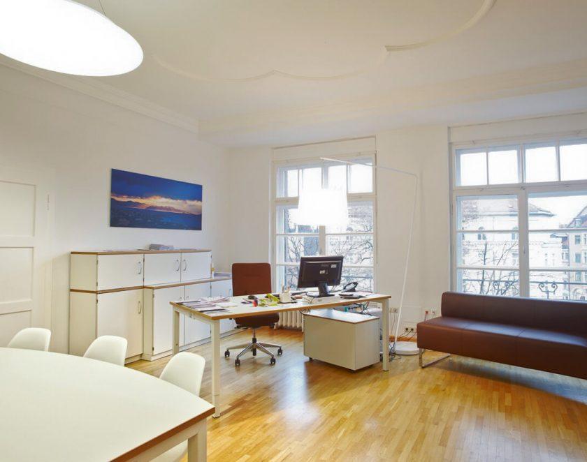 office_m Winnicker Norimed Büromöbel München