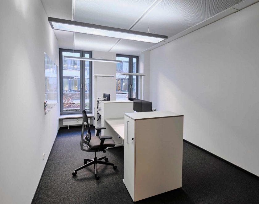 office_m Referenz Alvarez & Marsal